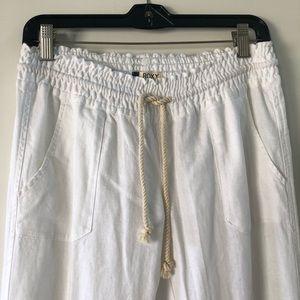 Do you linen summer pants